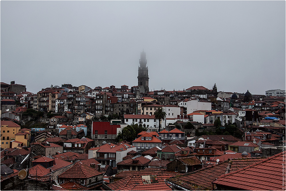 Вид на старый город Порто, Поргугалия. (View of the Old City of Porto.)